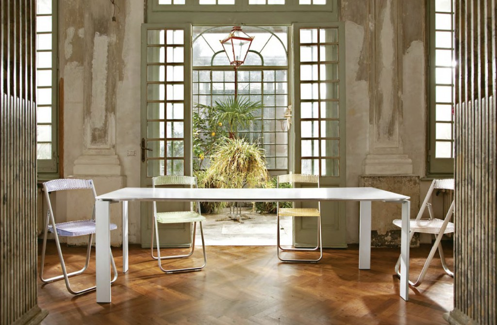 DivaGroup-Kartell_04_Four-Table