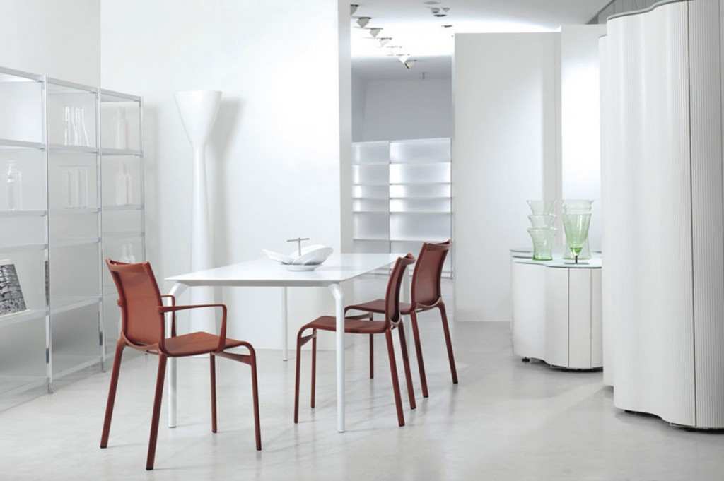 DivaGroup_Alias-Furniture__0003_diningtable